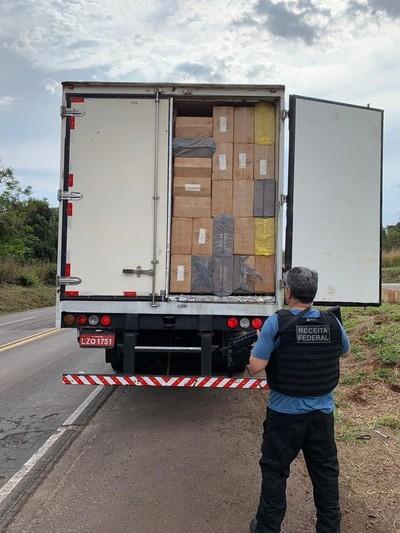 "Decomisan 1.200 cajas de cigarrillo ""Made in Paraguay""."