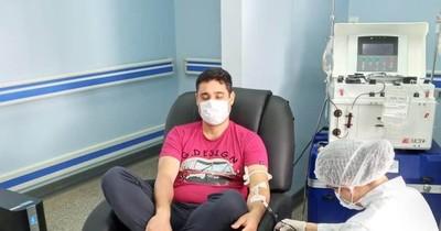 COVID-19: Primer donante de plasma en el país es un médico de Ciudad del Este