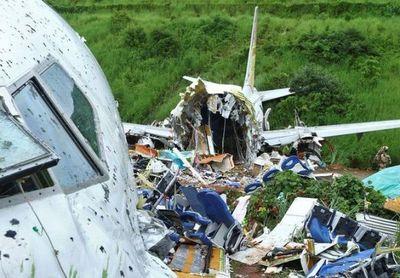 Sube a 18 la cifra de muertos en el accidente del avión en India