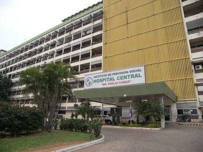 Casi 30 funcionarios del IPS están en aislamiento