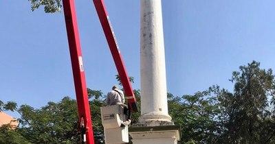 Municipio verifica monumento tras reclamo en Twitter
