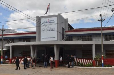 Suben a 60 casos positivos en Tacumbu