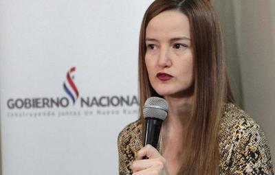 """Exministra de Senavitat: """"el foco debe estar en los vulnerables"""""""