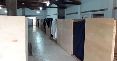 Albergados en la Villa Olimpia denuncian falta de condiciones para cumplir cuarentena