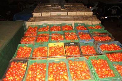 Incautan 30 toneladas de productos de contrabando en Canindeyú