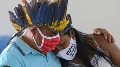"""HOY / """"Nada que celebrar"""" para los indígenas de Sudamérica en su día internacional"""