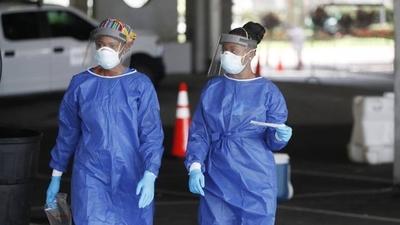 HOY / Estados Unidos supera los 5 millones de casos de COVID-19