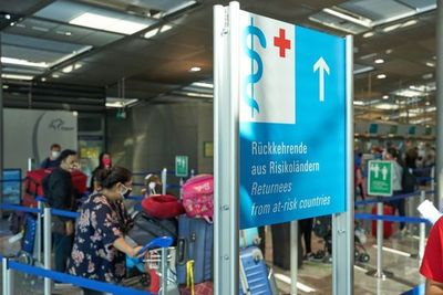 Alemania: Comienzan pruebas obligatorias de coronavirus para viajeros