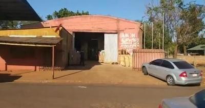 Parque sanitario del Ministerio de Salud funciona en extaller mecánico, sin patente y habilitación