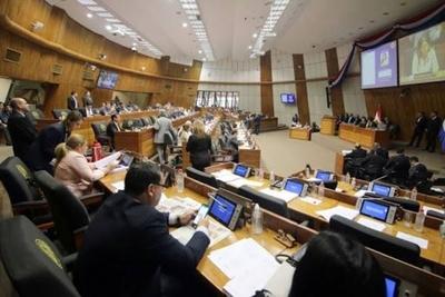 """HOY / Diputados que modifiquen proyecto de Arancel Cero serán declarados """"enemigos de la educación"""""""