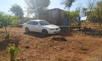 Encuentran vehículo denunciado como robado