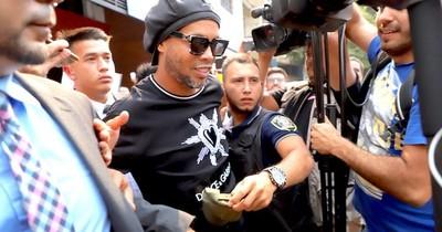 Caso Ronaldinho: Juez debe fijar fecha de audiencia preliminar