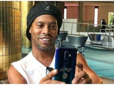 Juez estudia hoy pedido de Fiscalía para cerrar caso contra Ronaldinho