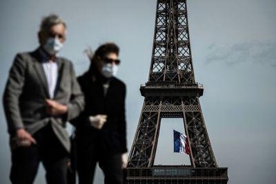 Mascarilla obligatoria en París por coronavirus, que llega a cinco millones de casos en EEUU