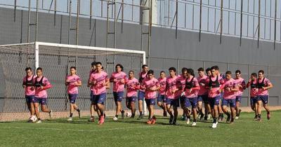 Reportan caso positivo al Covid-19 en plantel del Club Nacional