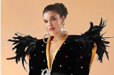 """Nadia Ferreira expone todo """"el poder de su belleza"""" en una portada internacional"""