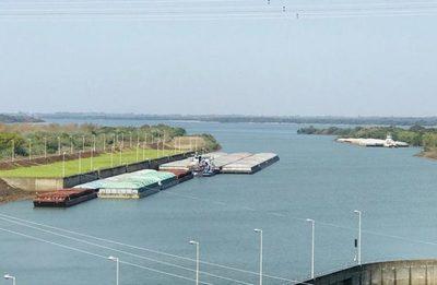 Comenzó apertura de compuertas para asegurar comercio fluvial por el Paraná