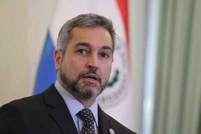 Abdo confirma que habrá cambio de ministros en el Gabinete