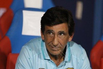Costas compadeció a un árbitro y contó su preocupación ante Cerro