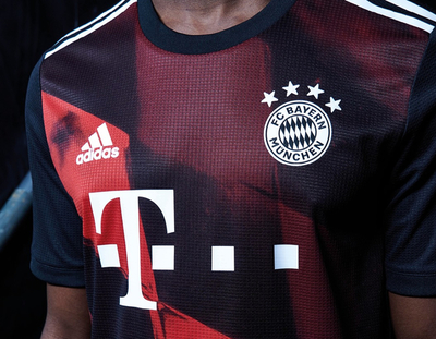 Bayern Múnich presenta su camiseta para la misión Lisboa