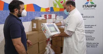 Itaipú donó 10 monitores multiparamétricos al Hospital de Barrio Obrero