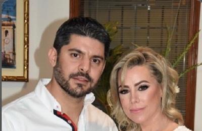 Nenecho y Lizarella, oficialmente comprometidos