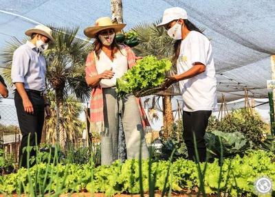 """Lanzan programa """"Ñapu'ake"""" en asentamiento de Luque • Luque Noticias"""