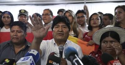 Fiscalía de Bolivia admite denuncia contra Evo Morales y sus candidatos presidenciales