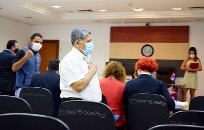 Absuelven a sacerdote Silvestre Olmedo, acusado de acoso