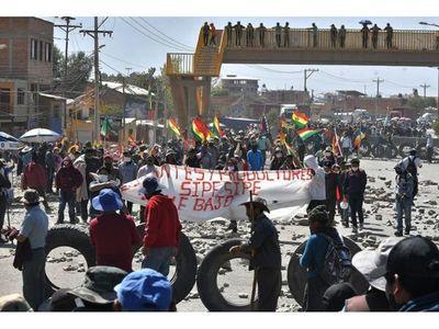 FFAA y Policía piden diálogo  para evitar choques en Bolivia