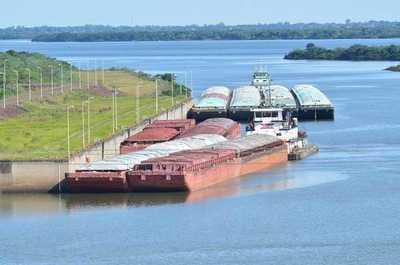 Maniobra en el Río Paraná permitirá paso de 115.000 toneladas de granos