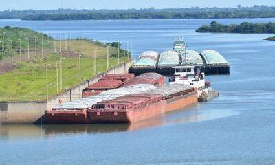 Preparan maniobra en el Paraná para que pasen 115.000 toneladas de granos – Diario TNPRESS