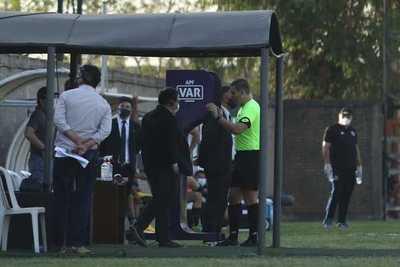 Copa de Primera: ¿Olimpia y Cerro Porteño ganaron con ayudas arbitrales en la Fecha 12?