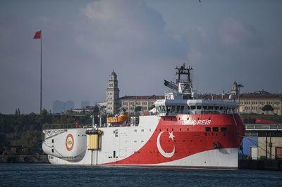 Crece tensión entre Turquía y Grecia por búsqueda de gas en el Mediterráneo