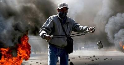 Iglesia, UE y ONU gestionan diálogo para bajar tensiones en Bolivia