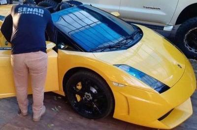 Cucho quiere que la plata del Lamborghini sea para combatir el Covid-19