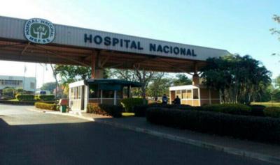 HOY / Paciente recibe donación de plasma en el Hospital Nacional de Itauguá
