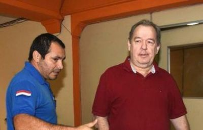 Carlos Kiese promueve denuncia contra Ramón González Daher