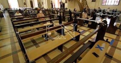 Diputados colorados piden realizar misas y cultos dependiendo del tamaño de los templos