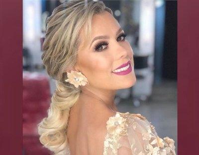 La novia de Asunción, vestida por reclusas
