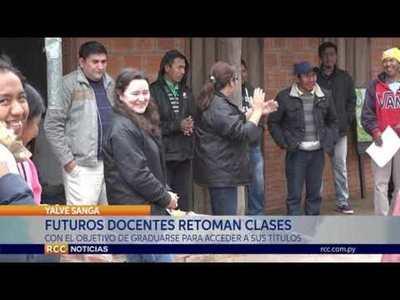ALUMNOS DEL IFD RETOMAN CLASES DESDE AGOSTO PARA PODER GRADUARSE