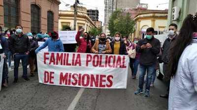 """No hay fondos para pagar el """"plus"""" prometido a Policías al inicio de la pandemia, afirma Acevedo"""