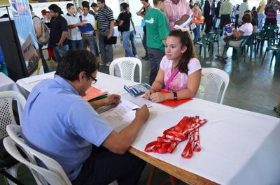 Reforma del Estado: jóvenes abogan por inclusión laboral