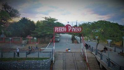 Indígenas se manifiestan en Puerto Pinasco exigiendo asistencia del Estado