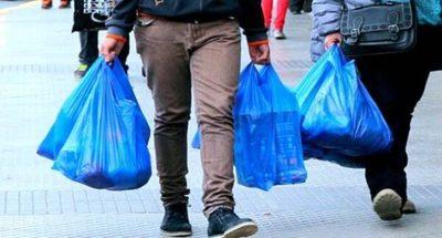 Pandemia obliga a postergar disminución de bolsas plásticas
