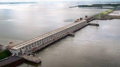 Bajante del río amenaza al abastecimiento de combustible