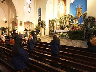 Diputados insta al Ejecutivo a que misas y cultos sean con más fieles
