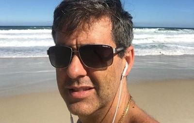 Regis Marques se mudará a Paraguay para tocar pechos