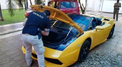 'Cucho' no puede decidir qué hace con el dinero de la venta de su Lamborghini, explica titular de Senabico