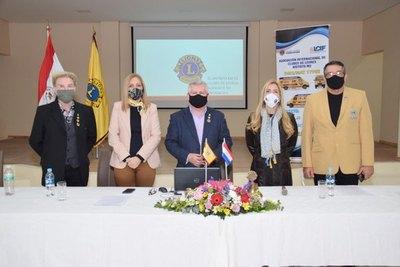 """Club de Leones presenta proyecto: """"La vista en primer lugar"""""""